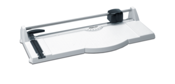 Image TRIUMPH™ 1030 13-inch Rotary paper Trimmer